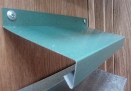 Отлив оконный зеленый металлик, п.м