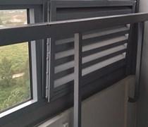 Замена балконной вентиляционной решетки на стекло